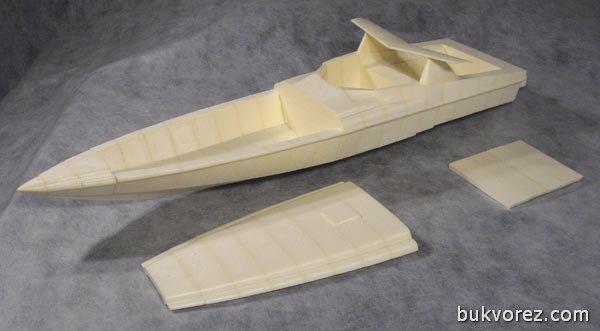 модель лодки из пенопласта
